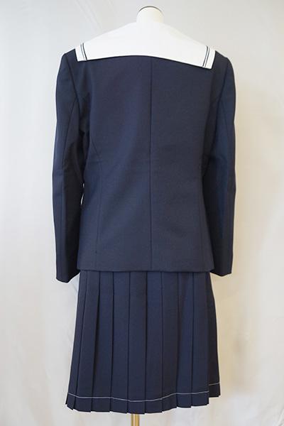 城山中学校 女子制服